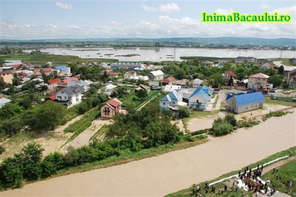Overstroming gisteren foto:InimaBacaulu.ro