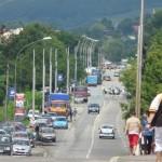 De weg richting Moinesti is afgesloten