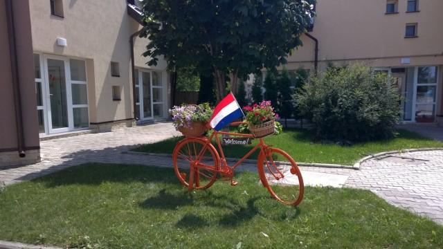 Oranje fiets - Asociatia Betania Bacau